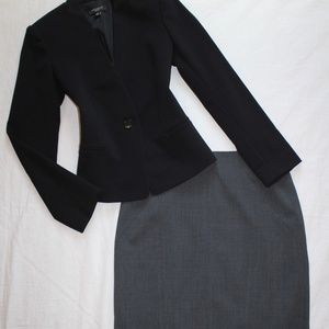 ANN TAYLOR Size 2 & 2P Skirt Suit Gray & Black
